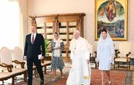 "President Ilham Aliyev, First Lady Mehriban Aliyeva meet Pope Francis in Vatican <span class=""color_red"">[PHOTO]</span>"