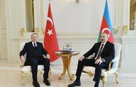 "Azerbaijani, Turkish presidents hold one-on-one meeting <span class=""color_red"">[PHOTO]</span>"