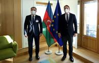 Azerbaijani FM, EU Commissioner talk prospects for cooperation