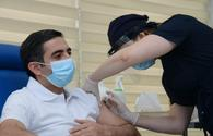 Chairmen of Azerbaijani MHI, TABIB receive second dose of COVID-19 vaccine