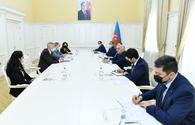 Azerbaijani PM, WB regional director discuss prospects for development of ties