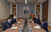 Azerbaijan, Romania mull energy, transport cooperation