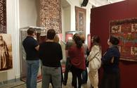 "Russian art lovers enjoy Azerbaijan's carpet weaving art <span class=""color_red"">[PHOTO]</span>"