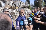 """Turkish delegation visits Armenian-destroyed residential complex in Ganja <span class=""""color_red"""">[PHOTO]</span>"""