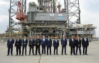 """Azerbaijan commissions Satti jack-up rig for drilling in Caspian Sea <span class=""""color_red"""">[PHOTO]</span>"""
