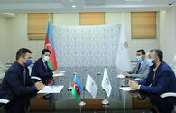 Azerbaijani, Islamic business agency officials eye joint projects