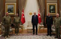 """Azerbaijani top brass received by Erdogan <span class=""""color_red"""">[PHOTO]</span>"""